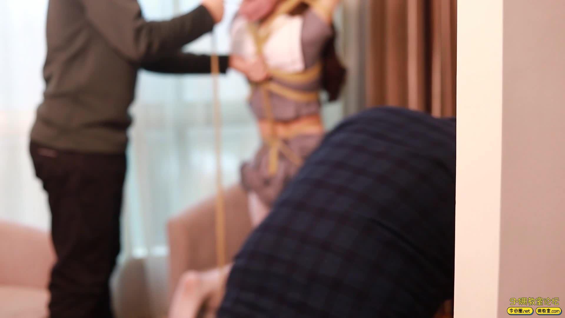 GC原创_梓微的双马尾萝莉捆绑TK-视频截图6