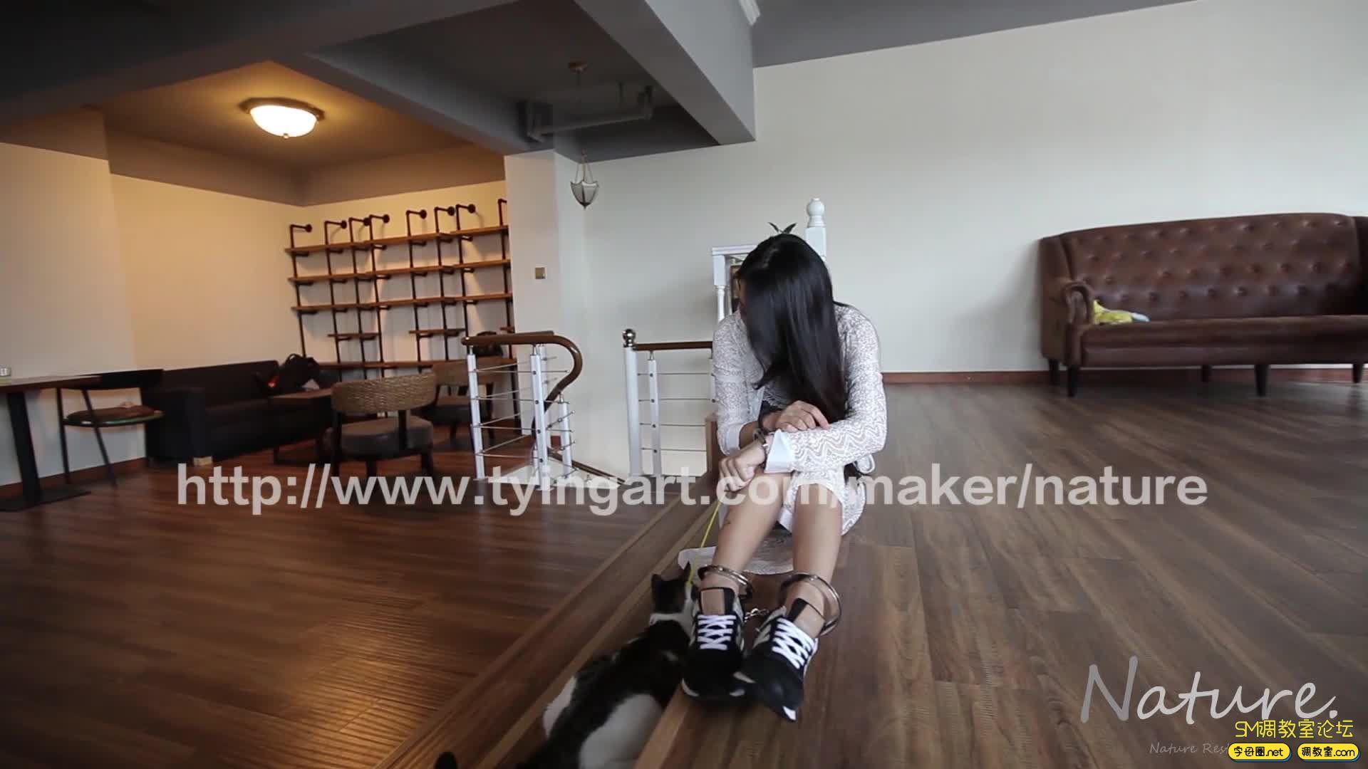 缚リ芸术 TYINGART镣铐美女戏弄小花猫-视频截图7