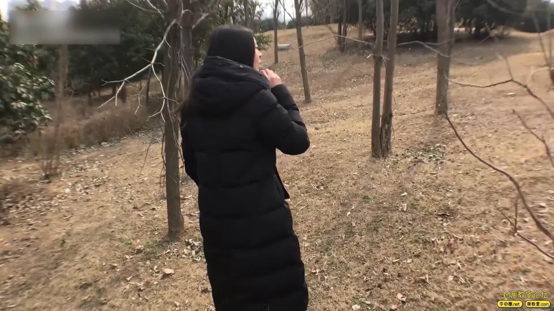 虐恋天使_培培 全程户外,挑战极限-车内捆绑 公园 建筑工地吊绑-视频截图6