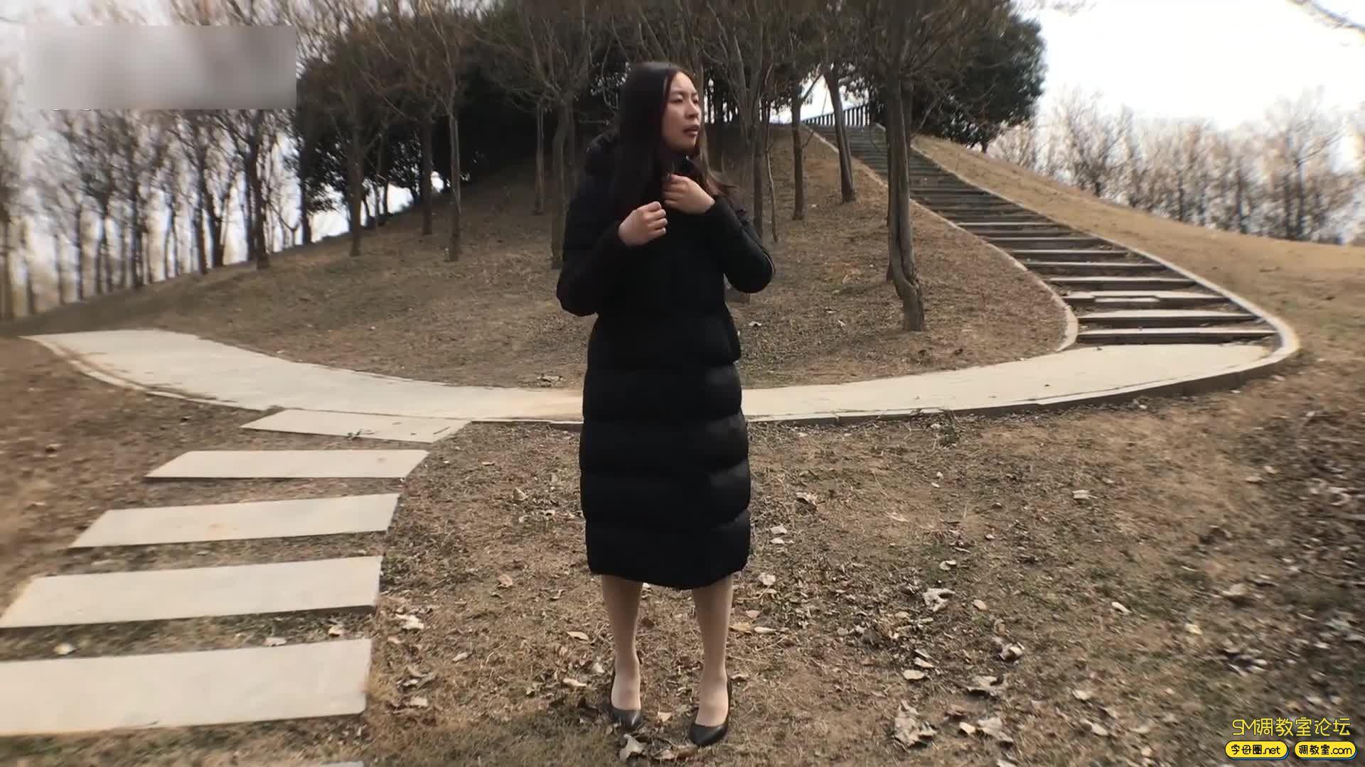 虐恋天使_培培 全程户外,挑战极限-车内捆绑 公园 建筑工地吊绑-视频截图4