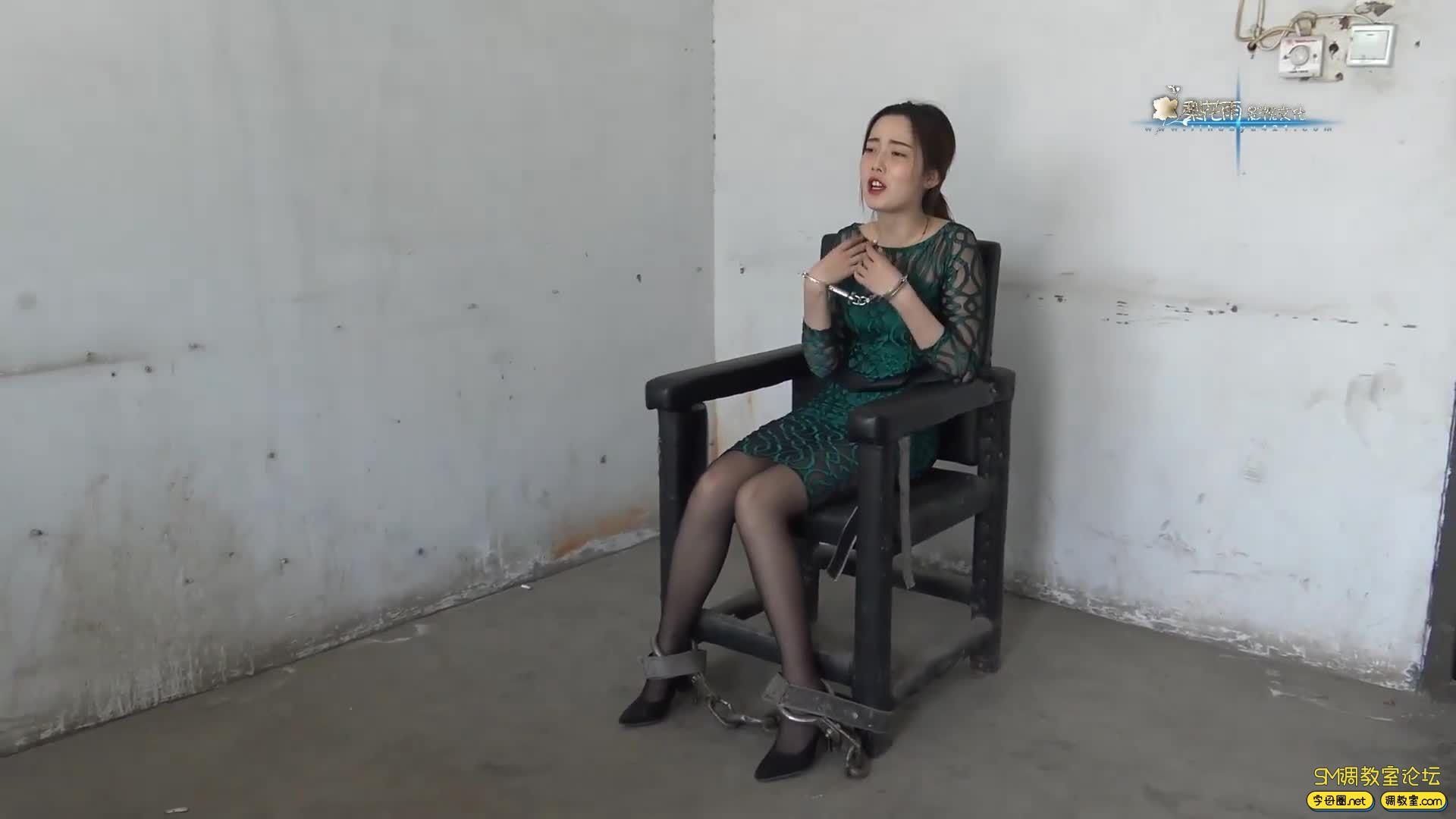 梨花雨_女魔术师体验记 完整版 囚犯体验-视频截图7