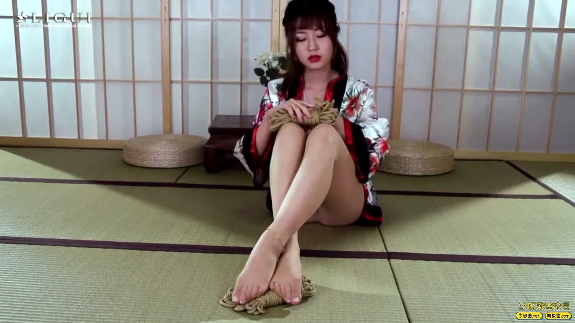 丽柜美束_紧缚名莲之口缚和妹安娜-视频截图1