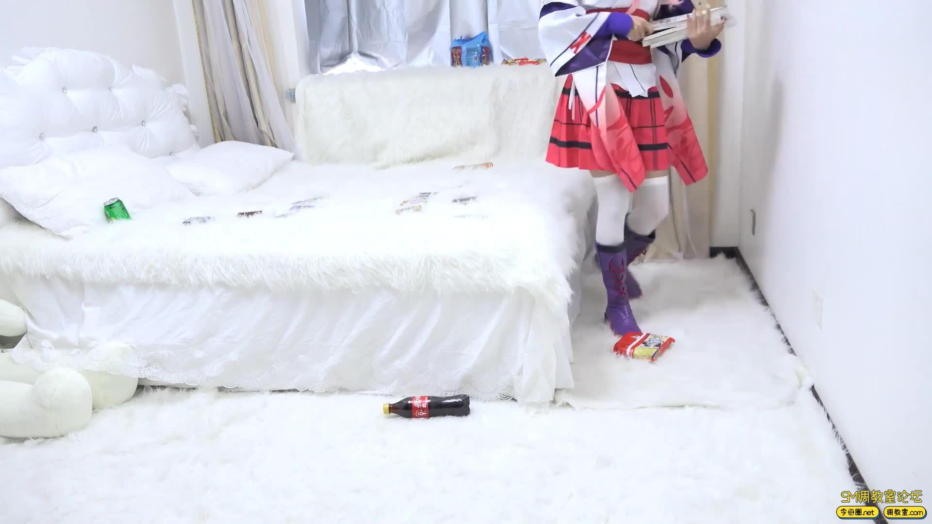网友原创_cosplay 八重樱  捆绑 白丝-视频截图2