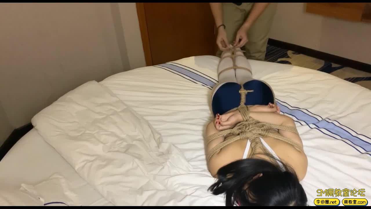 【HUI】_149CM的小萝莉 绑的很紧-视频截图2