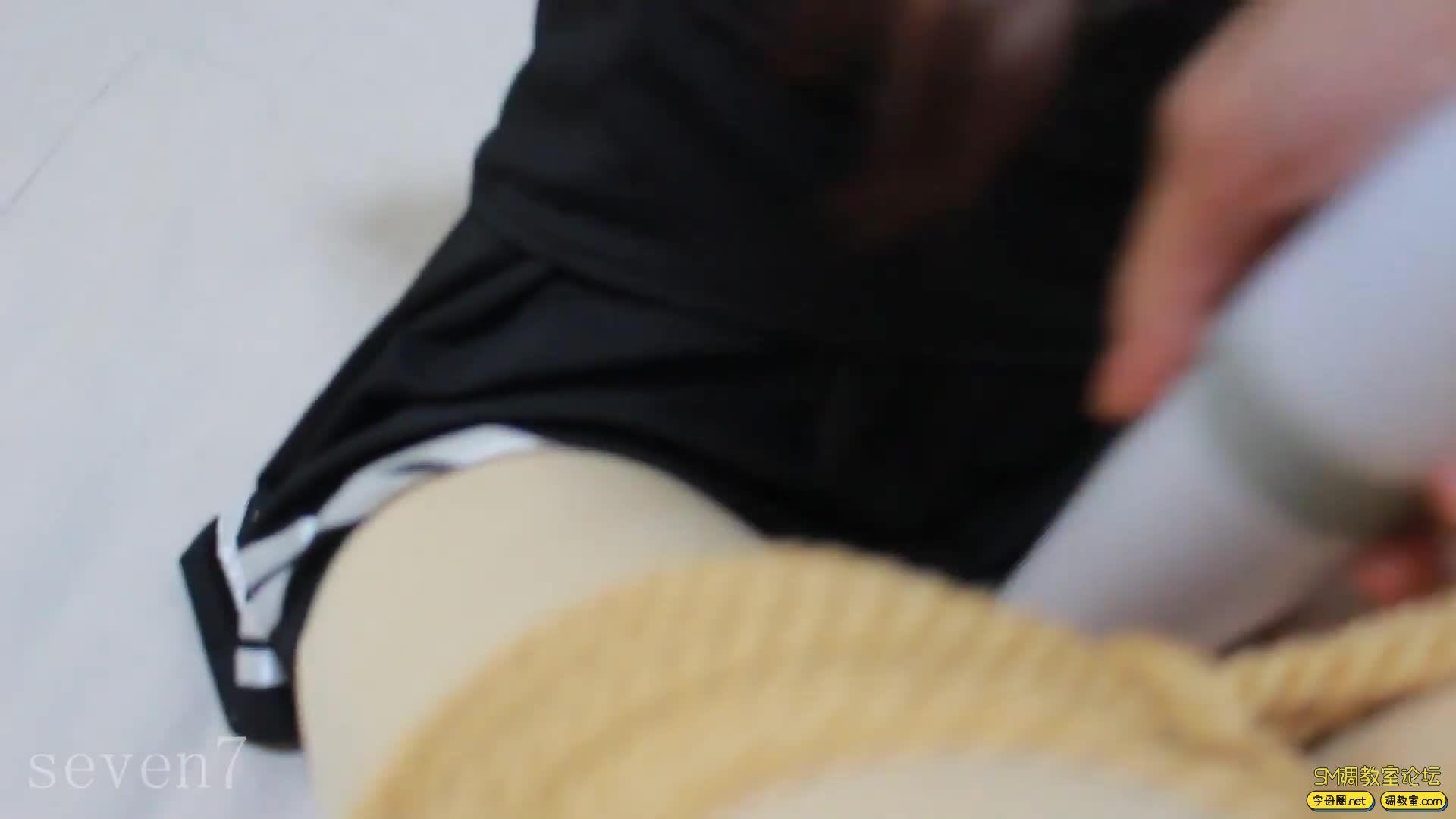 【FXX-01】新收一枚腿模小姐姐 凡小晓 白丝捆绑-视频截图4