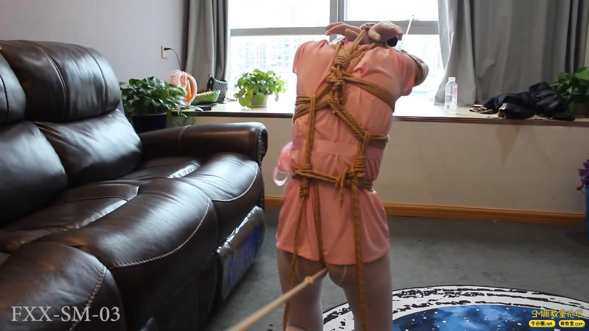 【FXX】走绳这种酷刑 站着走是不是有点对酷刑二字不大尊重?-视频截图3