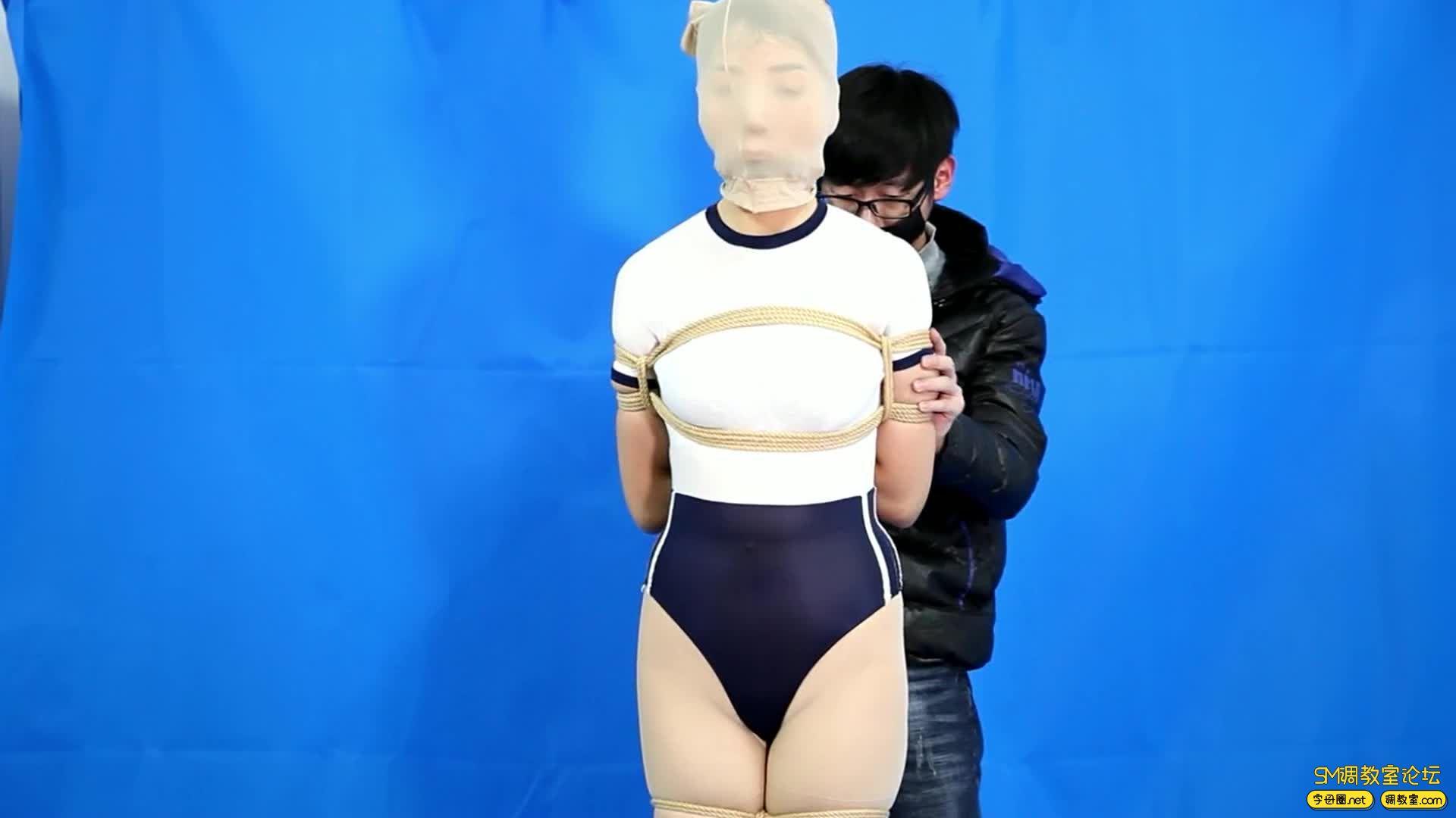 CLZ原创_灵粒丝袜套头大号口球并腿超级缚-视频截图1