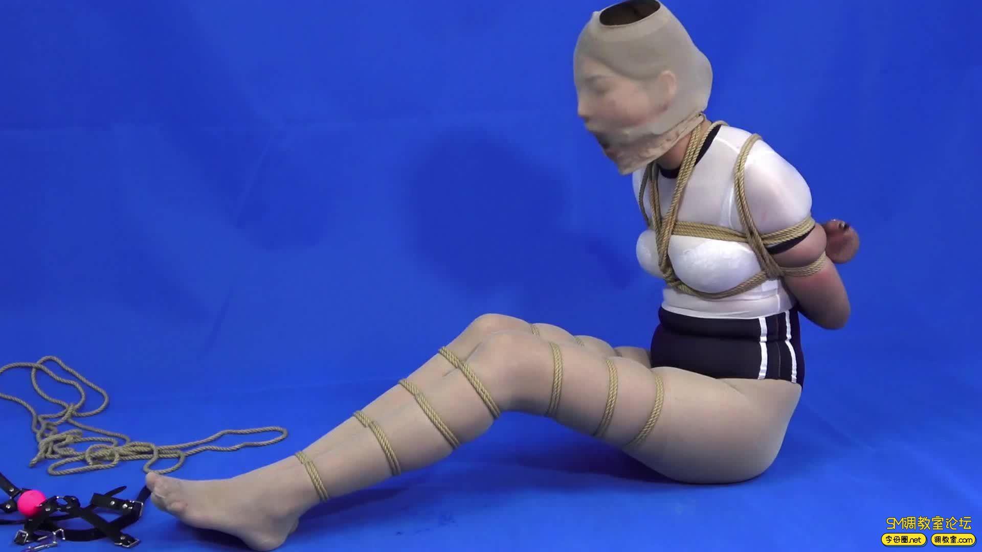 CLZ原创_灵粒丝袜套头大号口球并腿超级缚-视频截图8