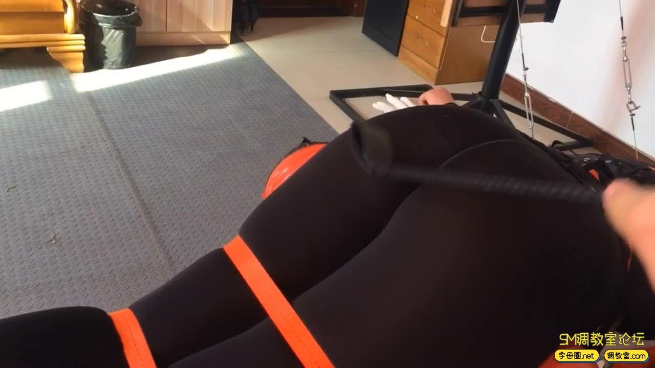 路由工作室_紧身丝衣 捆绑挠痒至虚脱 张口器强制-视频截图3