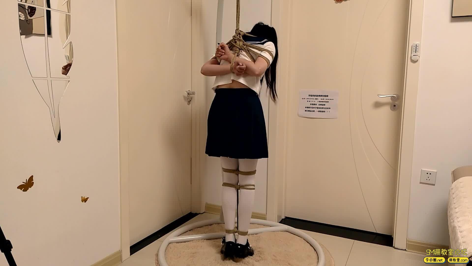 【旋律受虐记22】白丝JK吊缚 脚尖踮地吊 单腿吊-视频截图1