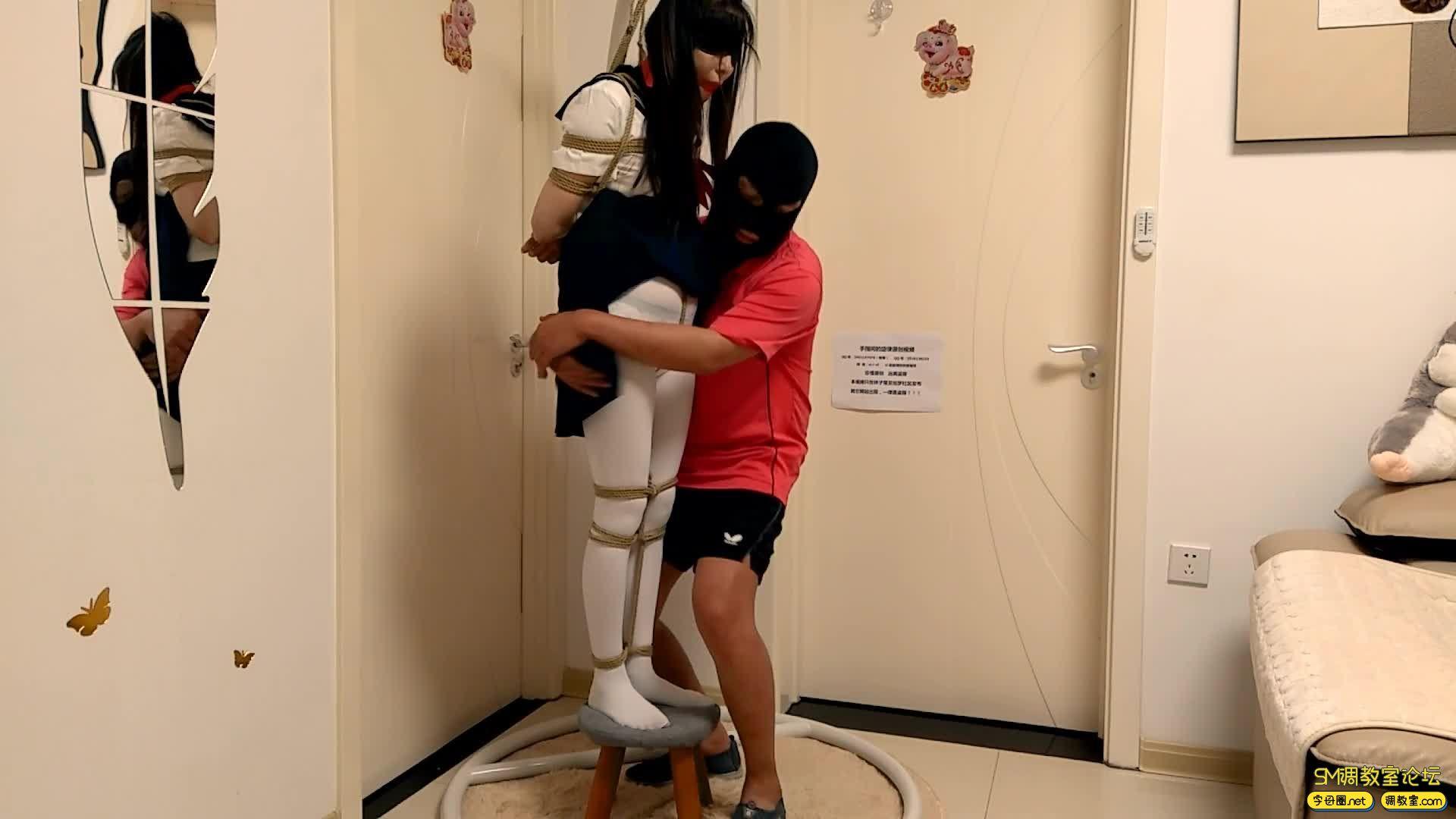 【旋律受虐记22】白丝JK吊缚 脚尖踮地吊 单腿吊-视频截图3