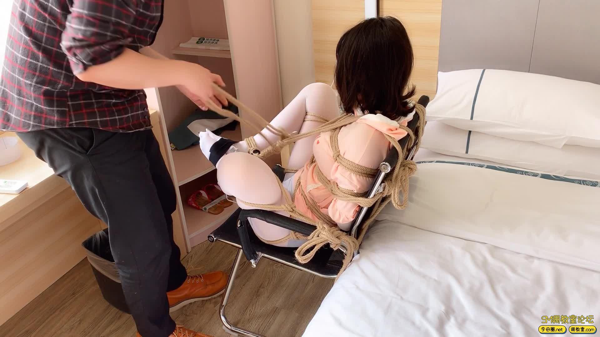 【HUI】_小姐姐又哭了,超紧驷马捆绑-视频截图4